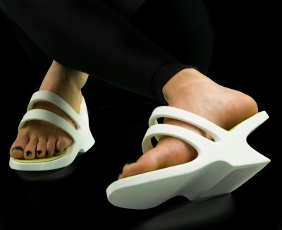 Kyra Markosian – 3D Printed Shoes with Electronics